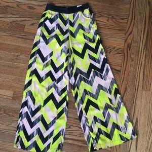 Wide leg colorful pants. XS